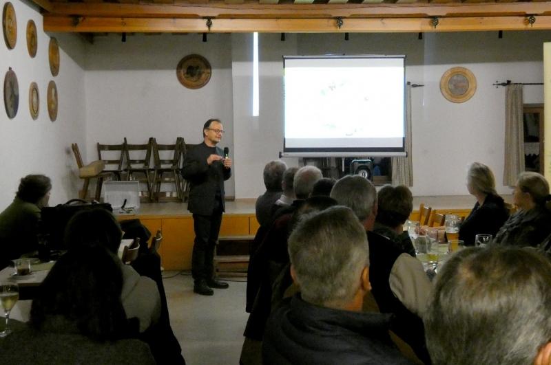 Einen informativen Vortrag hielt Prof. Dr. Zaller über die Auswirkungen von Pestiziden.