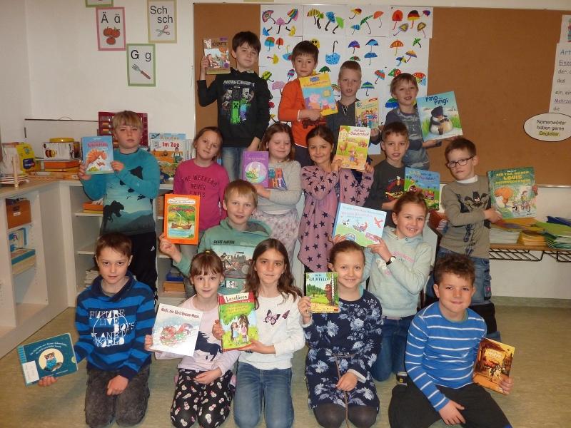 Vorlesestunde im Kindergarten - Lesen macht Spaß!