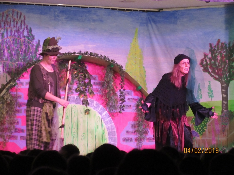 Theaterbesuch in Otting - Die kleine Winterhexe