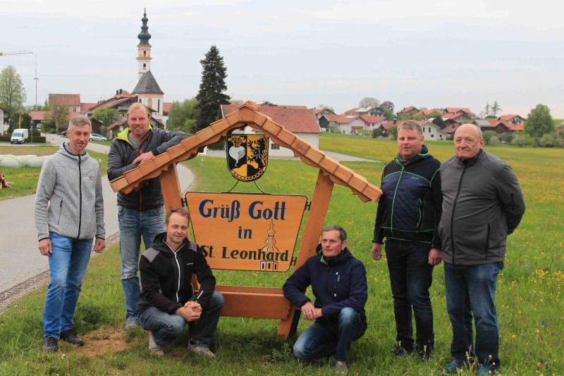 von links stehend: GR Kriegenhofer Bernhard, Thomas Sollacher, Thomas Poller, Hans Mühlbacher; von links knieend: Franz Maier, Helmut Mühlbacher