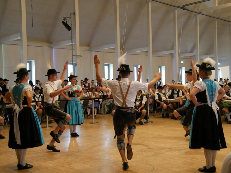 Trachtenverein Surtal Lauter - Gaudirndldrahn 2019