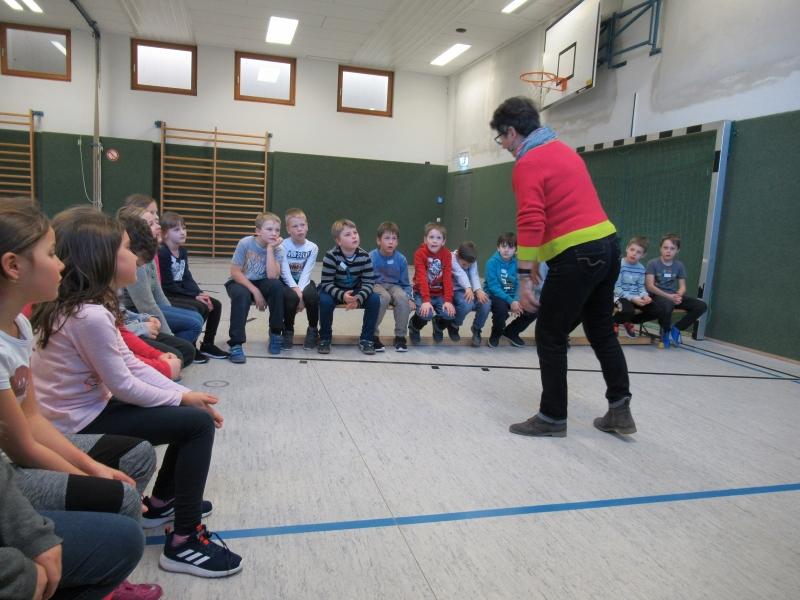 Selbstbehauptungskurs für die Zweitklässler der Grundschule Otting-Wonneberg