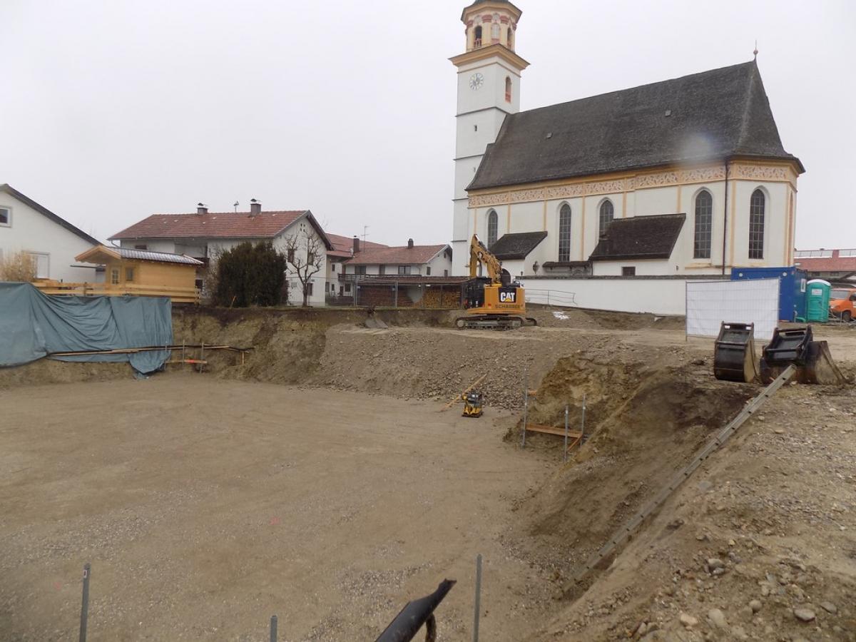 Die Baustelle mitten in St. Leonhard, auf der das neue Wonneberger Bürgerhaus entsteht.