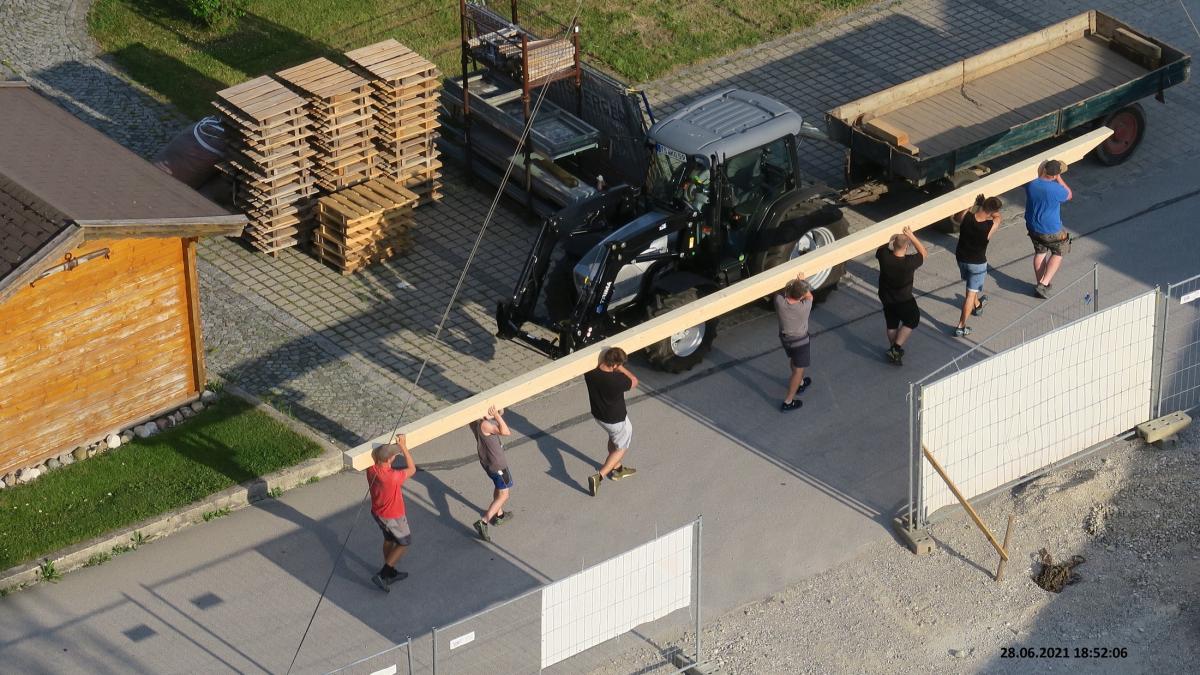 Firstbaum des neuen Bürgerhauses gestohlen