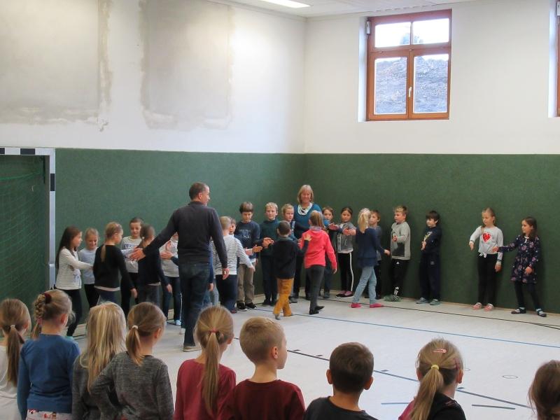 Erste Schulversammlung im neuen Schuljahr