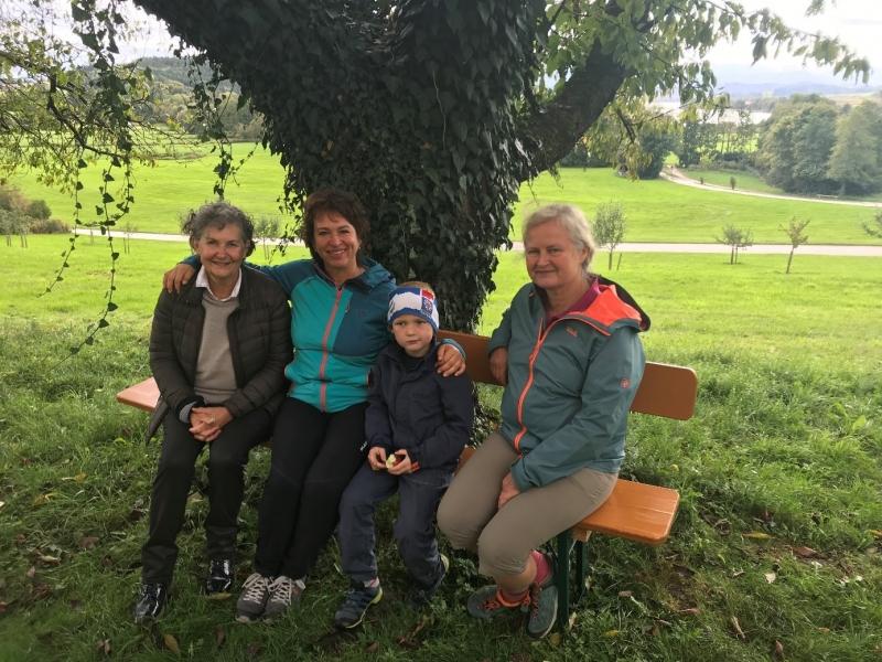 Rast in St. Coloman mit dem jüngsten Radltour-Teilnehmer.